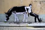 Стрит-арт | Levalet | Travail contre nature