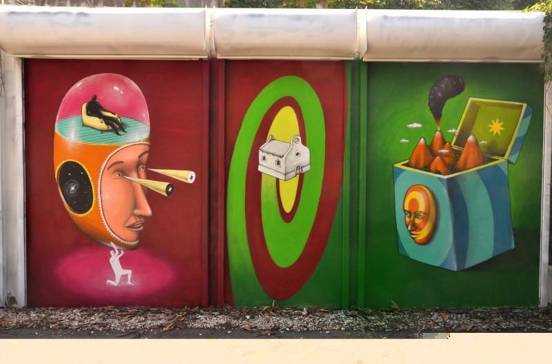 Интересные сказки на стенах Киева