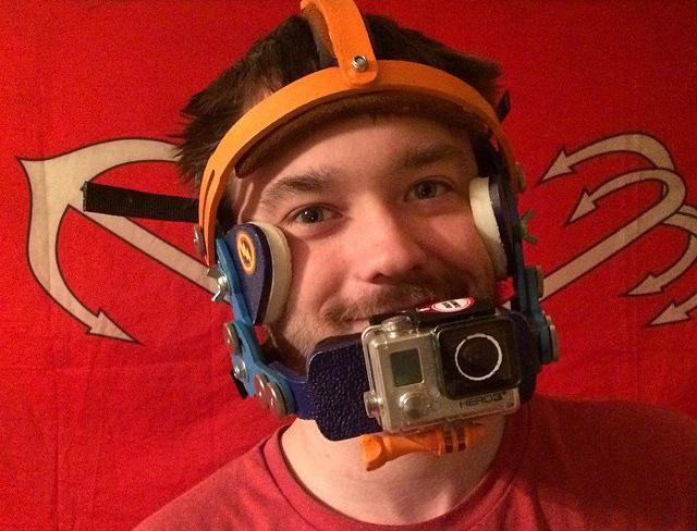 Руфер Серж Петров в маске GoPro