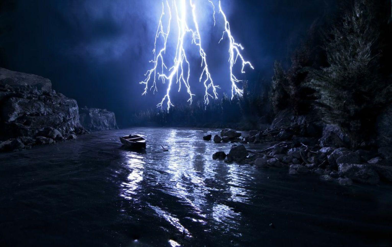 Box Of Lightning. © Matthew Albanese