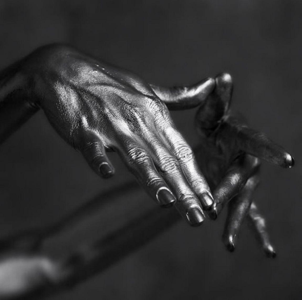 Скульптура голой девушки фото 1 фотография