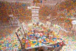 Инсталляция | Yayoi Kusama | The Obliteration Room, 2011