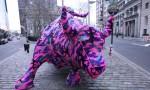 Стрит-арт | Агата Олек | Projet B | Crocheted Wall st. Bull | NYC 2010