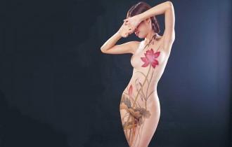 Пикантный боди-арт от Сейи Вудзиань