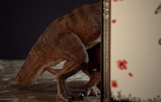 Беттина Губер             домашний тираннозавр