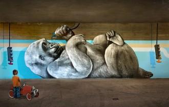 Социальный стрит-арт дуэта Nevercrew