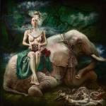 Живопись | Александра Манукян | Слон в комнате