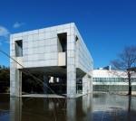 Архитектура   Исодзаки Арата   Музей современного искусства, Така-Саки, Япония