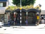 Архитектура | Фриденсрайх Хундертвассер | Общественный туалет, Кавакава, Новая Зеландия