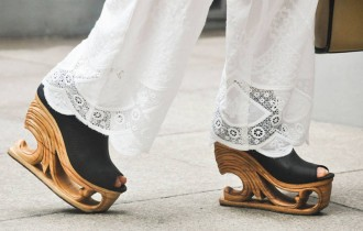 Ланви Нгуен. Вот это туфельки!