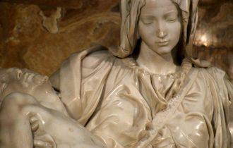 Пьета Микеланджело и «Код убийства»
