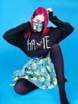 Дизайн | Laser B. | Полина в свитшоте «Hate» и юбке с Уточками