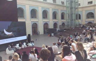 В Москве завершилась ярмарка Cosmoscow